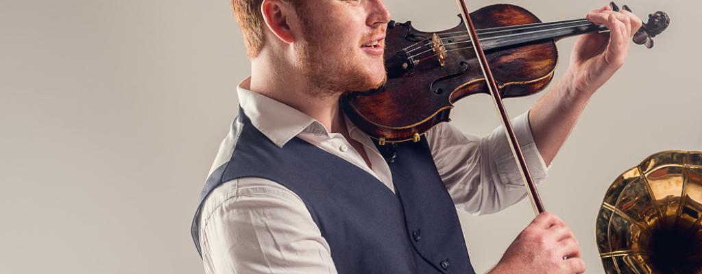 Nadaný a vzrušující mladý jazzman Ben Holder ve Valmezu