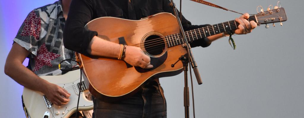 Glen Hansard s kapelou Interference uhranuli Valašské Meziříčí