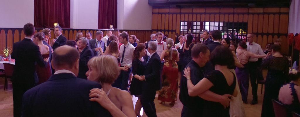 Zámecký ples přilákal návštěvníky napříč generacemi