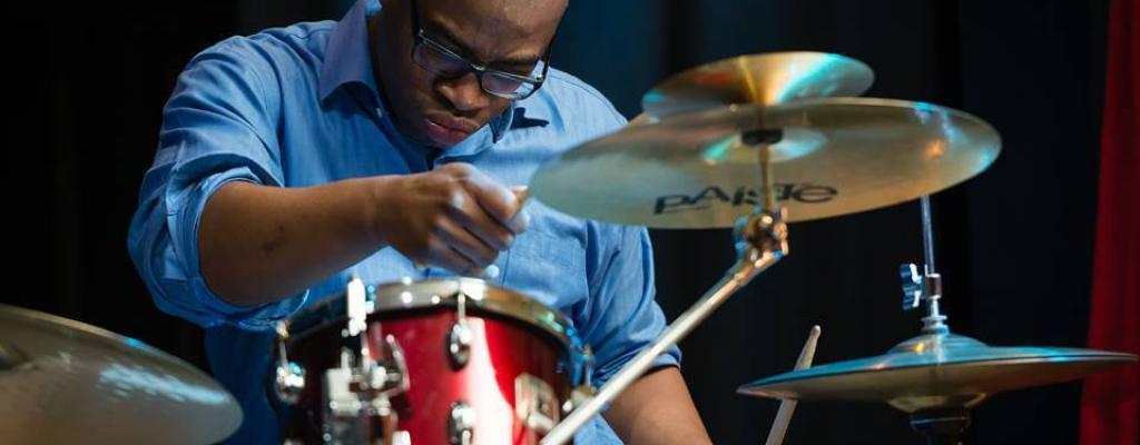 Koncert špičkových hudebníků Mika-Parker-Parker zahájí Jarní jazz-bluesové dny na Malé scéně za oponou