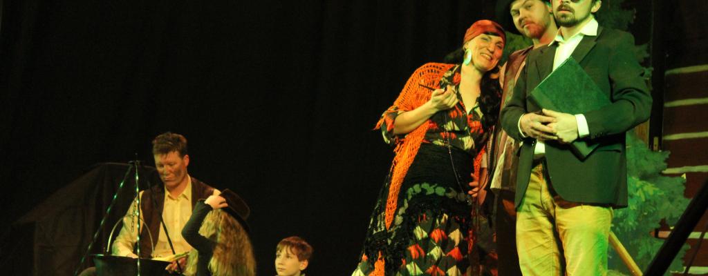 Divadelníci z Jarcové zahrají Jarčovskou Gulu v Kázetku