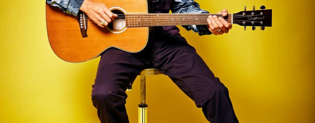 Will Johns, synovec Erica Claptona míří za Oponu