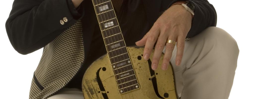Velvyslanec britského blues Eddie Martin zahraje na Malé scéně za oponou