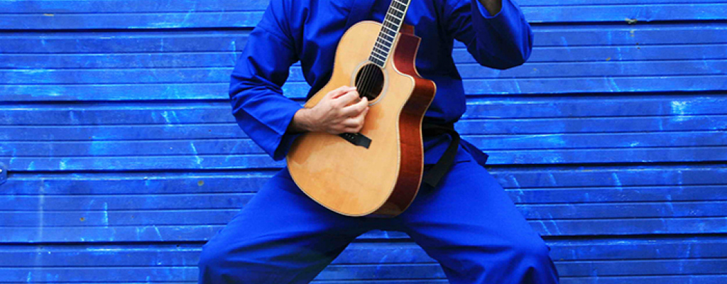 Jedinečný koncert kytarového mága Ewana Dobsona