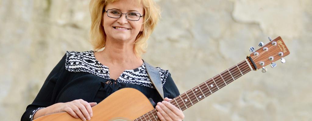 Pavlína Jíšová zve na folkový koncert