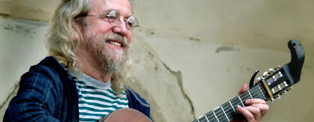 Klasik českého folku Jaroslav Hutka míří do meziříčí