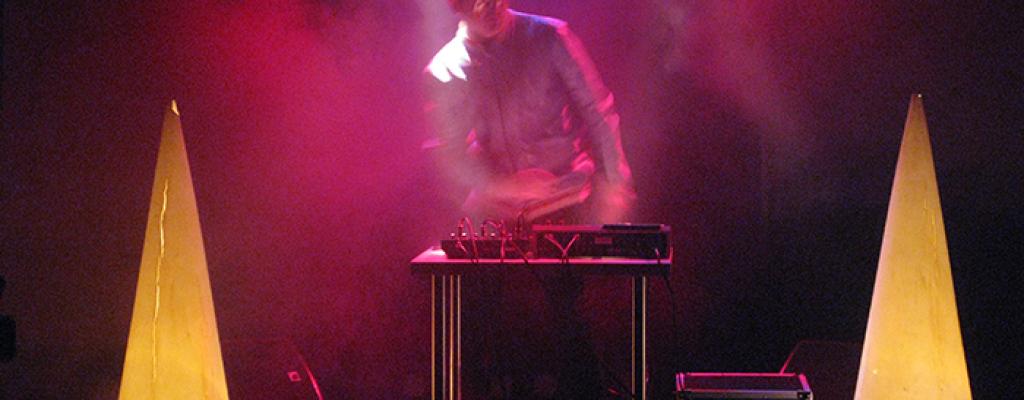 David Doubek alias Ventolin ze skupiny KAZETY zahraje na M-klub party