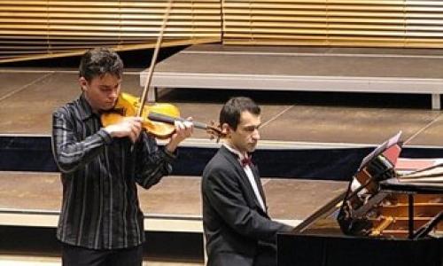 JIŘÍ VODIČKA – housle / MARTIN KASÍK – klavír