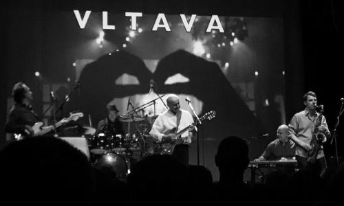 Vltava - Náklad štěstí tour
