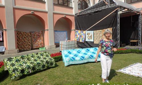 Výstava patchworkových přikrývek