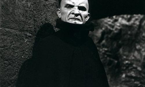 Promítání na nádvoří: Fantom Morrisvillu