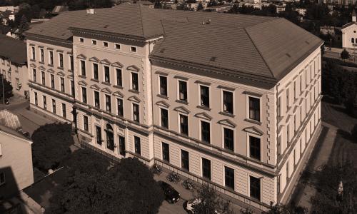Gymnázium a jeho město