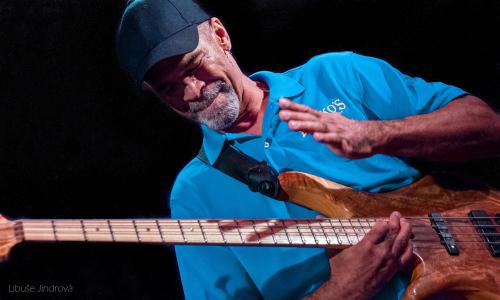 Americký jazzman Steve Clarke na posledním turné
