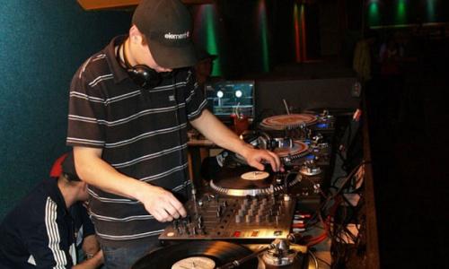 M-klubem bude znít reggae a rap