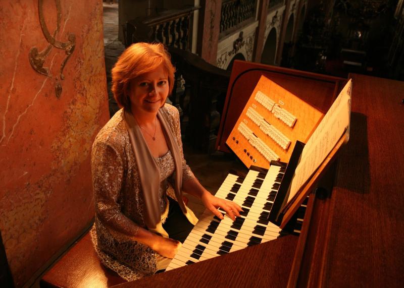 Irena Chřibková- varhany & Jan Adamus- hoboj