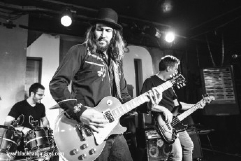 Jack Hutchinson Band  (UK/CZ)