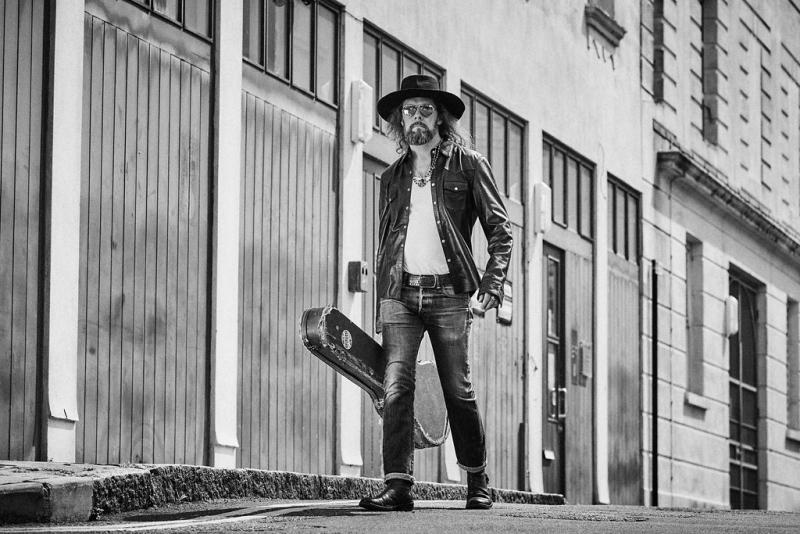Mike Ross (UK) & The BladderStones (CZ)
