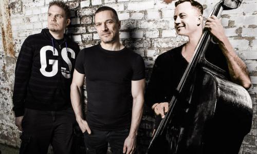 Walter Fischbacher Trio (USA/D/CZ)