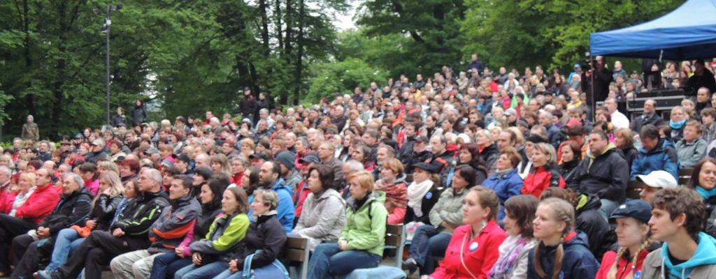 Multižánrový festival cimbálu ve Valašském Meziříčí přivítá hosty z celé Evropy