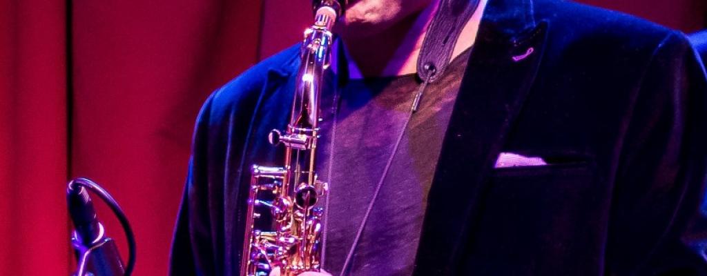 Nejlepší newyorský saxofonista míří na Malou scénu za oponou